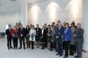 Zdjęcie nr 6 - Wspólne zdjęcie nagrodzonych i wyróżnionych realizatorów Programu Razem Skutecznej BIS