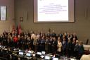 Zdjęcie nr 8 - Wspólne zdjęcie nagrodzonych i wyróżnionych realizatorów Programu Razem Skutecznej BIS oraz Radnych Sejmiku Województwa Wielkopolskiego